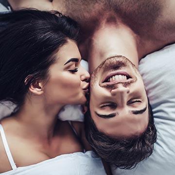 キスで風邪がうつるって本当?熱っぽく感じたら注意が必要かも