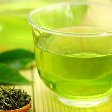 緑茶は実はスゴイ飲み物!ビタミン豊富で風邪予防!