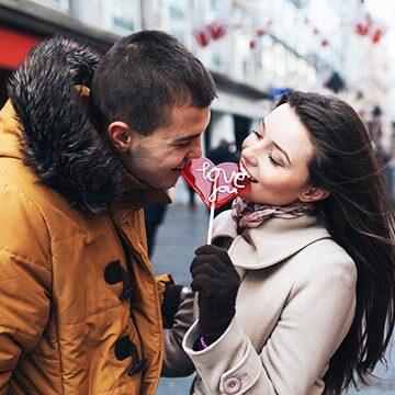 一度のデートで恋愛関係に発展!?気になる男性と親密になるテクニック