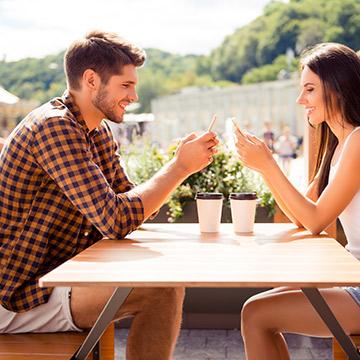 5月23日は恋文の日♡気持ちが伝わるラブレターの書き方・例文
