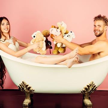 カップルでお風呂に入る「ラブ浴」の楽しみ方を4つご紹介!