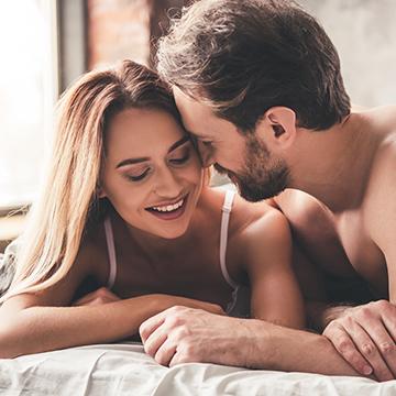 男性が彼女の裸を見たときに!密かに考えていること