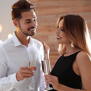 結婚式の二次会に出会いはある?新郎の友人と親しくなる方法