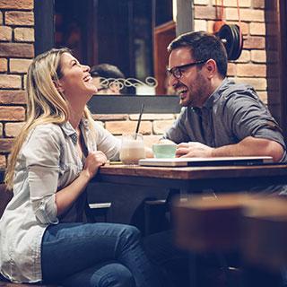初デートで絶対に失敗したくないなら?盛り上がる会話の秘訣
