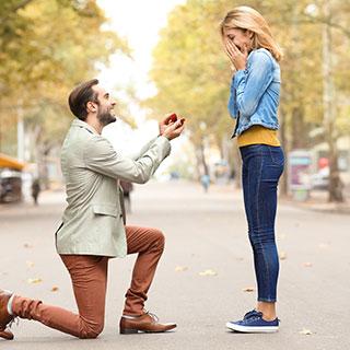 """彼氏が嫉妬しなくなった理由は""""結婚を意識し始めた""""から!?"""