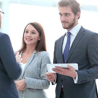 職場の人も恋愛対象に入っている?上手くいくアプローチ方法と注意点