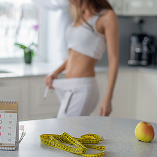 秋冬は体重の増加が気になる季節!太らないためには…
