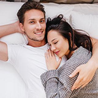 朝まで一緒に居たいなら!女性からお泊まりを誘う方法