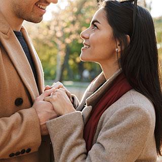 """キス上級者を目指すなら!男性から愛される""""キス顔""""を作る方法"""