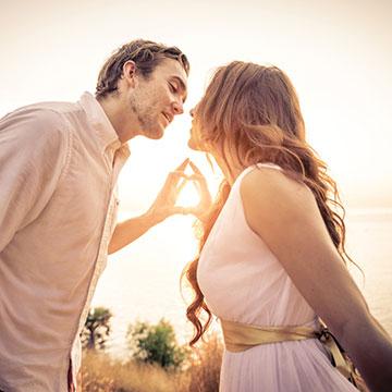 彼氏が結婚を意識するきっかけは?プロポーズさせるための行動