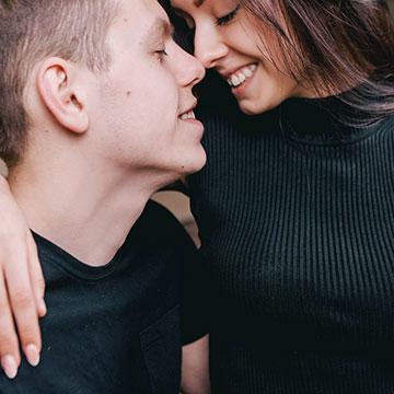 キスのおねだりしてみませんか?かわいいキス顔作りのコツ
