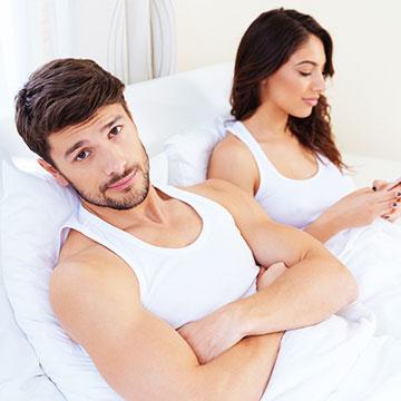 恋愛も省エネ?男性が「彼女とする」より「1人」を選ぶ4つの理由