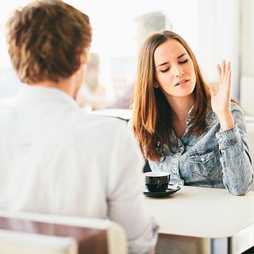 モテない女性が無意識にやっちゃってる失礼な態度とは?