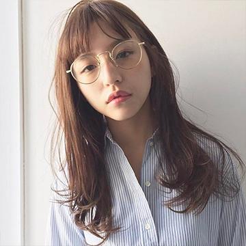 私にぴったりのメガネはどれ?似合うメガネの選び方
