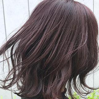 ピンクベースの暗髪カラーが秋っぽい♡オフィスにもOKのヘアカラー7選