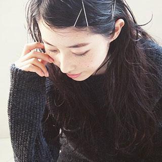 伸ばしたいのに切りたくなっちゃう…。伸ばしかけ前髪のアレンジ法7つ