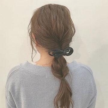 ゆるっとした編み下ろしがかわいい♡大人女子におすすめの甘すぎないヘアアレンジ8選