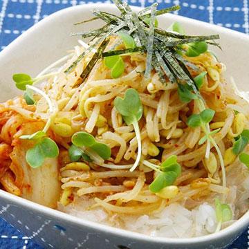 【簡単レシピも♡】家計の味方「もやし」は栄養価も優秀!知って損なしの「もやし」の魅力とは?