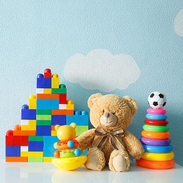 赤ちゃんの知能を鍛える!?赤ちゃんが喜ぶ「おもちゃ」特集