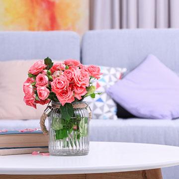 恋愛運も美容効果も劇的UP!愛され女子になりたいなら、今すぐ部屋に花を飾るべし♡