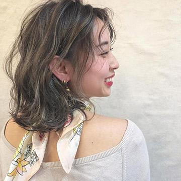 """【梅雨向け】ストレートアイロンでウェーブヘアが作れる♡巻き髪よりも簡単!""""なみなみウェーブ""""の作り方"""