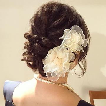 結婚式のお呼ばれに最適なヘアアレンジは?セミフォーマルドレスと合わせて紹介♡