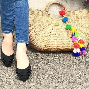 テーマパークで長時間歩いても大丈夫♡デートやおでかけに使えるぺたんこ靴5選