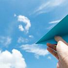 【恋愛偏差値診断】片思いの相手が紙飛行機を飛ばしてる!自分しかいないなら…