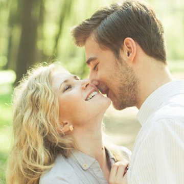 【恋愛のカタチ診断】どんな付き合い始めだと、最後に幸せになれると思う?