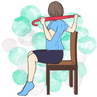 2週間でくびれを作るエクササイズ⑦座って脇腹エクササイズ