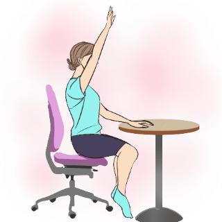 学校や会社でもできるエクササイズ「美しい手の挙げ方」