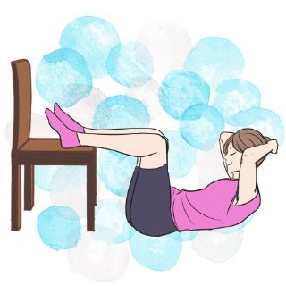 椅子を使用してクランチ!冬休み14日間集中エクササイズ