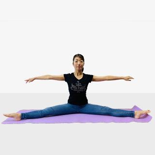 股関節を柔らかくして基礎代謝を上げて痩せやすい体質作り《みんなの憧れ横開脚》