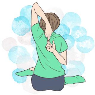 寝る前に簡単にできる背中の運動「牛の顔のポーズ」