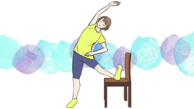 学校・会社でできる運動!「内転筋ストレッチ立位」