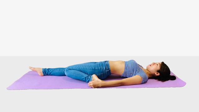 脚全体に効くトレーニング!もも前の脂肪をとるスッキリストレッチ