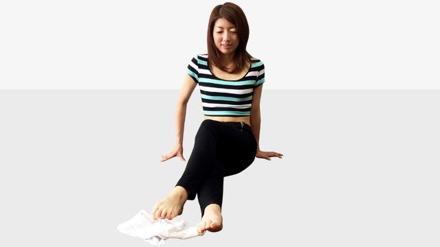 タオルを使ってできる偏平足・外反母趾を治して美脚になる方法