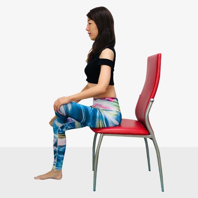 「座ってストレッチ」の手順_1