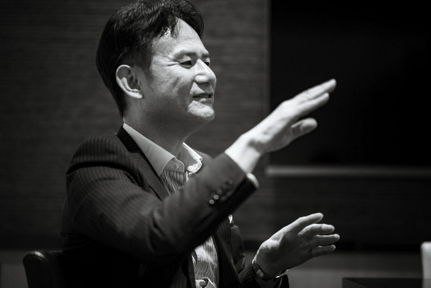 日本の経営層はグローバルスタンダードのファイナンシャルリテラシーを身につけるべき エーザイ株式会社CFO 柳 良平(後編)