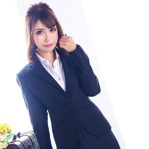 美咲 リイナ秘書(雄琴丸の内商事)