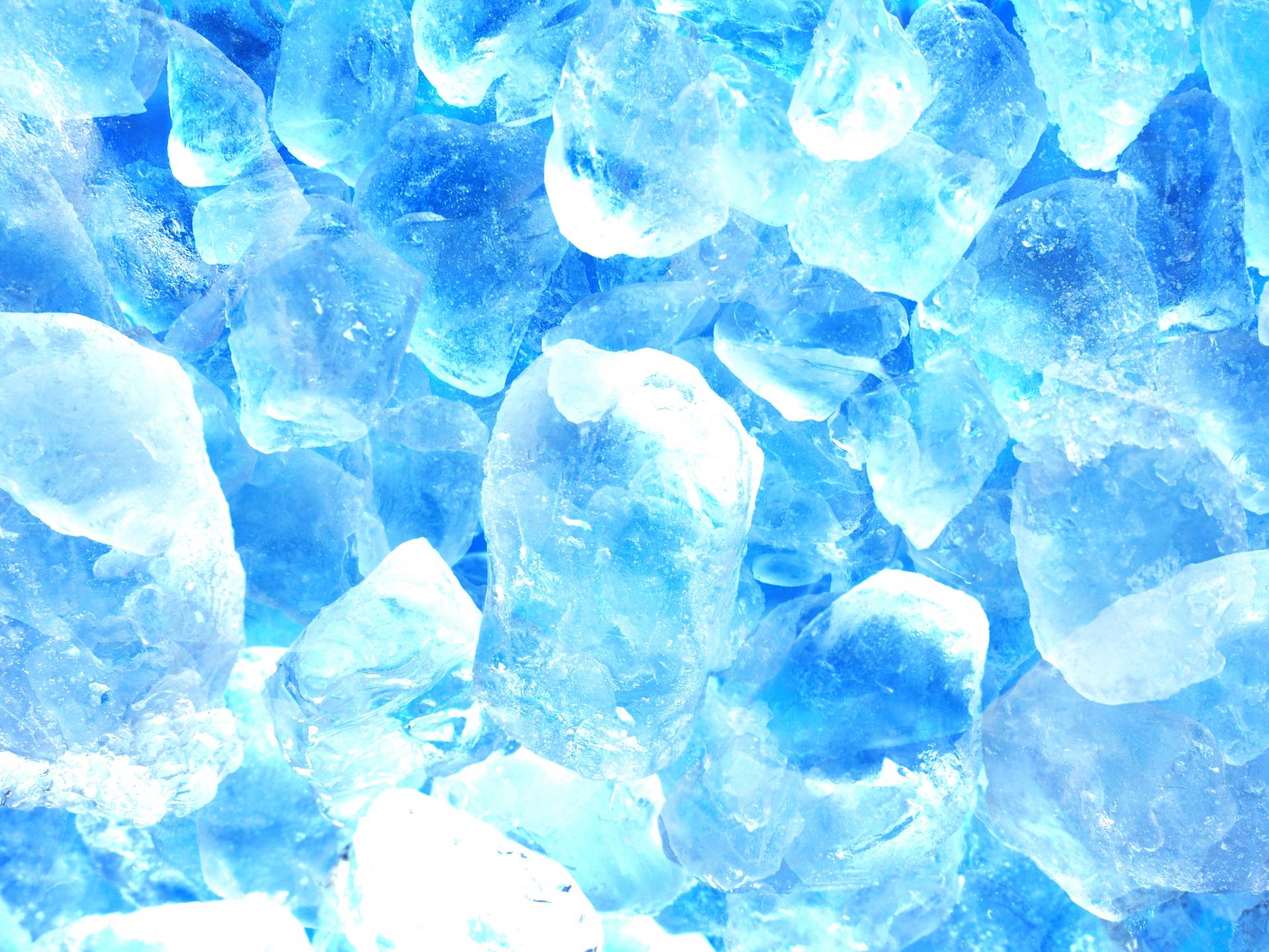 伝統の氷割り