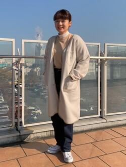 ららぽーと横浜のAyanaさんのLeeの【ユニセックス】【やわらかフリース】ノーカラーコートを使ったコーディネート