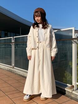 ららぽーと横浜のAyakaさんのLeeの【セットアップ対応】STANDARD WARDROBE COWGIRL ジャケット(コーデュロイ)を使ったコーディネート