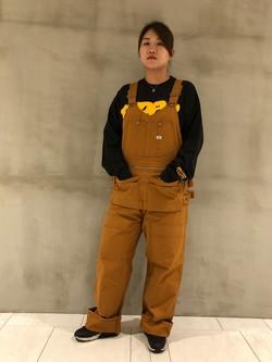 アミュプラザおおいた店のAina さんのLeeの【期間限定10%OFFクーポン対象】Pipes ルーズシルエット ロングTシャツ/プリントを使ったコーディネート
