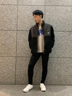 札幌パセオ店のTatsukiさんのLeeの【ユニセックス】フリースジップアップジャケットを使ったコーディネート