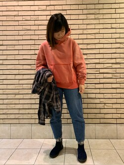 札幌パセオ店のPinanchosuさんのLeeの【トップス15%OFFクーポン対象】【USED WASH】スウェットパーカーを使ったコーディネート