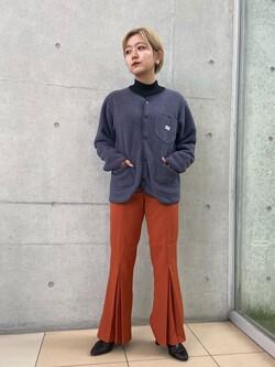 西宮ガーデンズ店のAnjuさんのLeeの【柔らかく揺れる】プリーツ フレアーパンツを使ったコーディネート