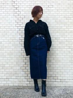Lee アミュプラザ博多店のMISAKIさんのLeeの【ユニセックス】ビッグフィット ワークシャツ(コーデュロイ)を使ったコーディネート