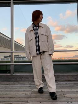 アミュプラザ博多店のMISAKIさんのLeeの【セットアップ対応】チェトパ ジャケットを使ったコーディネート