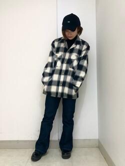 Lee アミュプラザ博多店のMISAKIさんのLeeの【トップス15%OFFクーポン対象】【さらっと羽織れる】シャツジャケットを使ったコーディネート